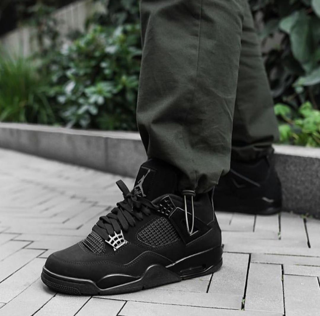 Nike Air Jordan 4 Retro Men's Sneakers